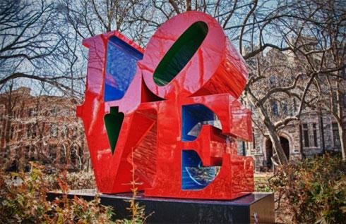 The-Love-Statue