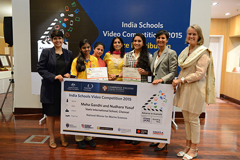 Above: Meha (second from left) and Nudhara (fifth from left) receive the award from Australian High Commissioner, Ms. Harinder Sandhu (second from right), in New Delhi. (Photo courtesy www.a2oz.org)