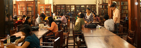 Library at Government Law College, Mumbai (image by Shivam Kakadia, used under CC license)