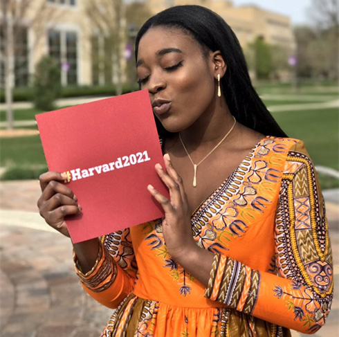 girl who got into 7 Ivy League schools takes Harvard acceptance letter to prom